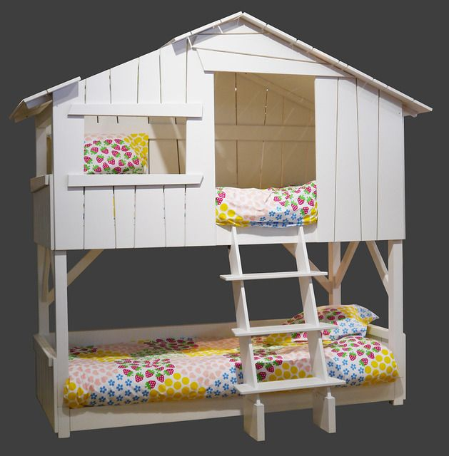 Creatology color in playhouse instructions