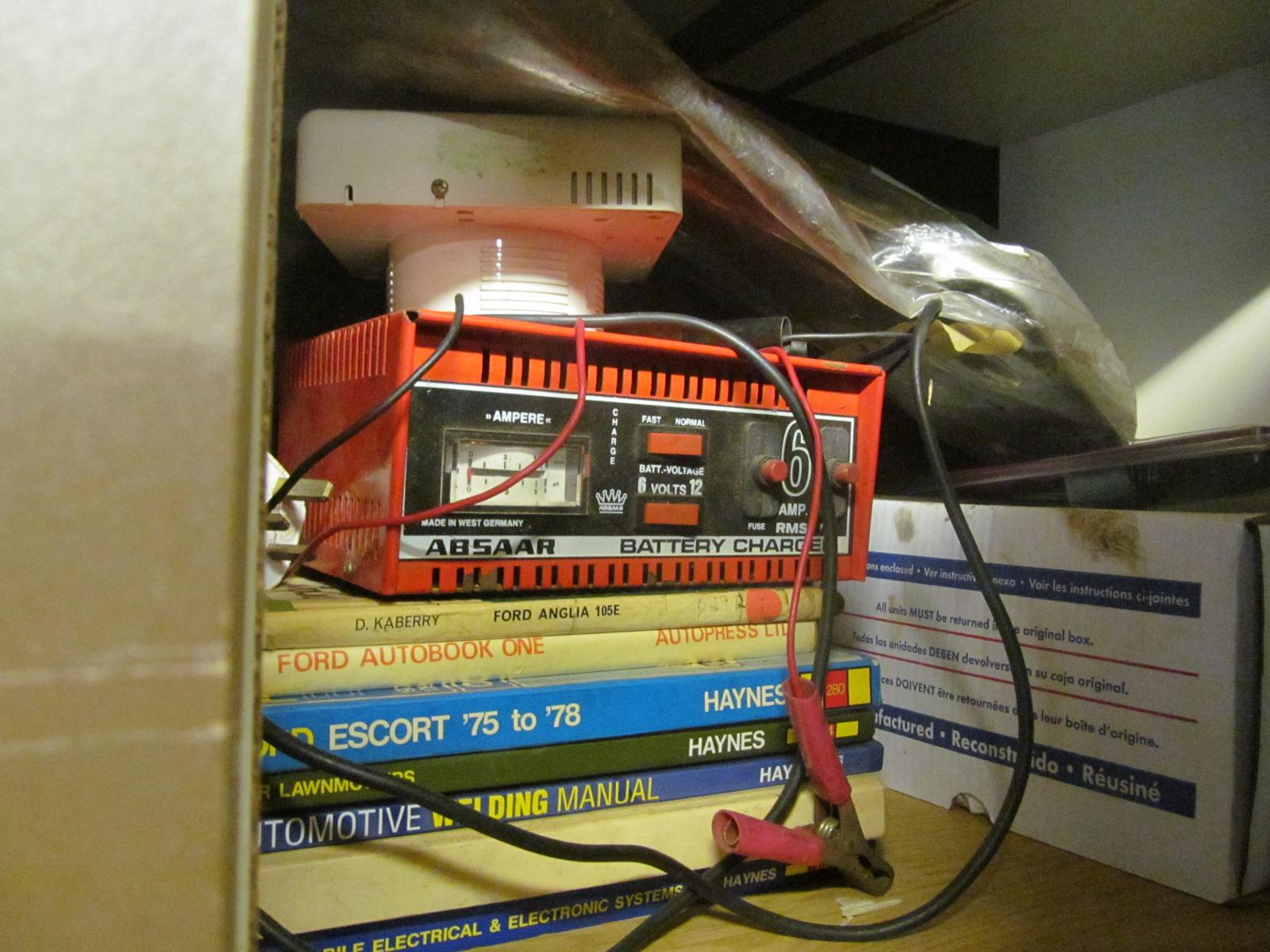 bradex battery charger instructions